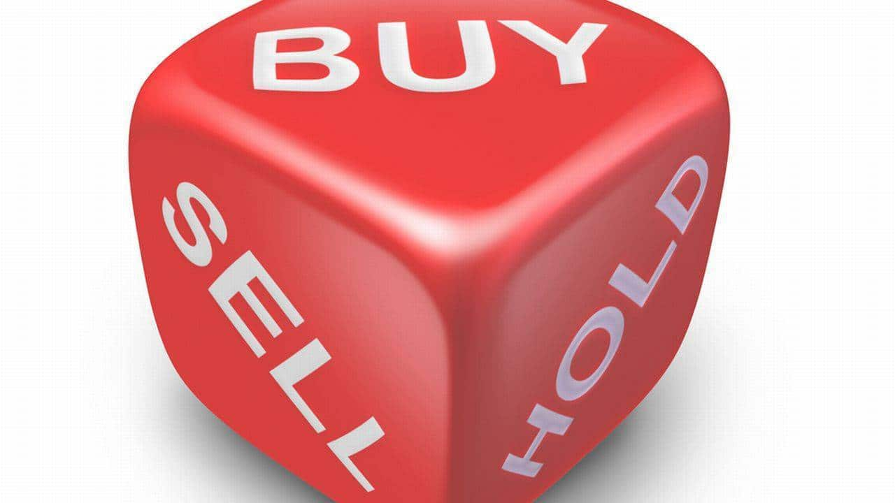Top buy & sell ideas by Ashwani Gujral, Sudarshan Sukhani, Mitessh Thakkar for short term
