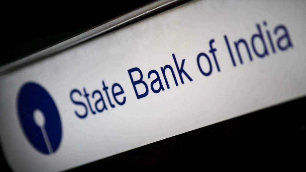 SBI Q2 : Better earnings and rock bottom valuation merit a buy