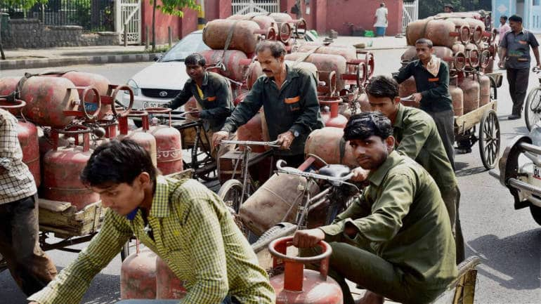 Petroleum product subsidies fall 92 percent as govt withholds transfers to LPG scheme beneficiaries - Moneycontrol
