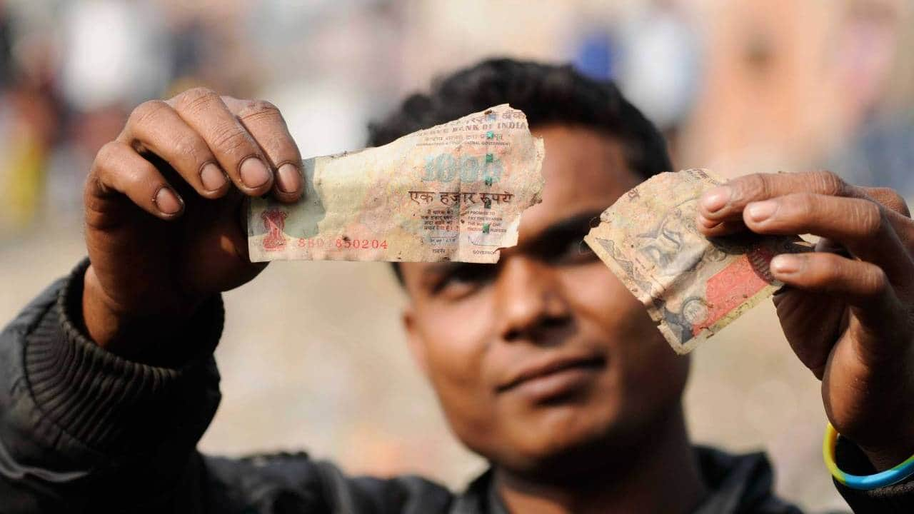 Not everyone with old notes is a black money hoarder — some are human too