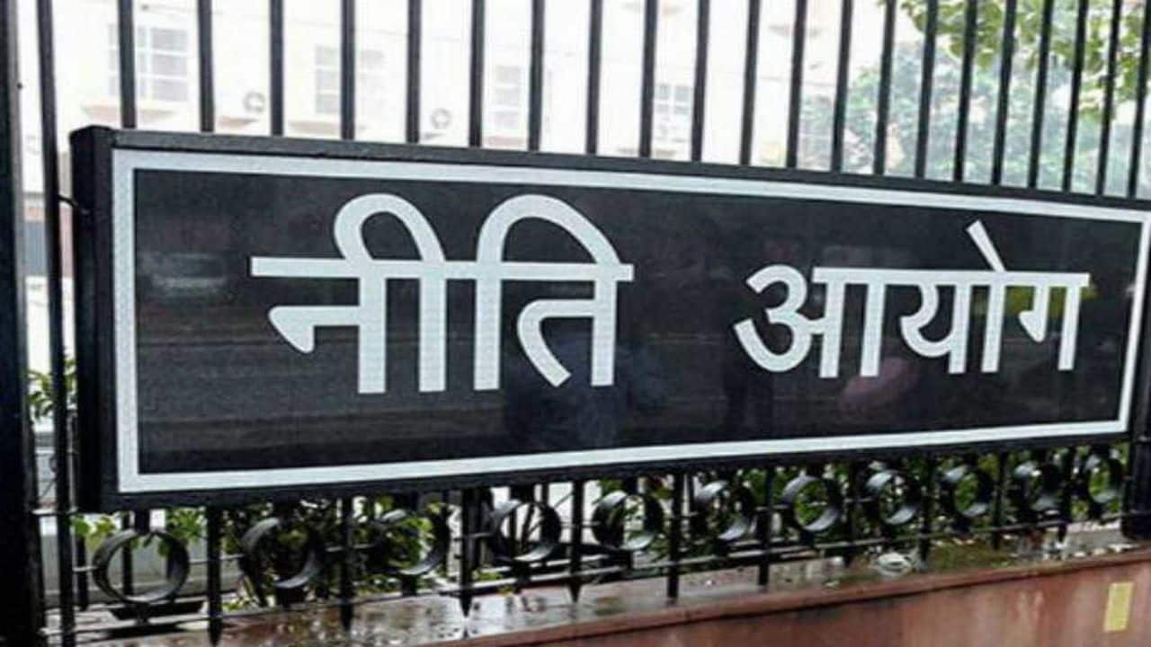 Niti Aayog constitutes a sub-group to prepare a National Action Plan for Migrant Workers
