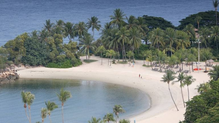 Want To Invest In A Beach Front House Here S A Check List To Keep In Mind