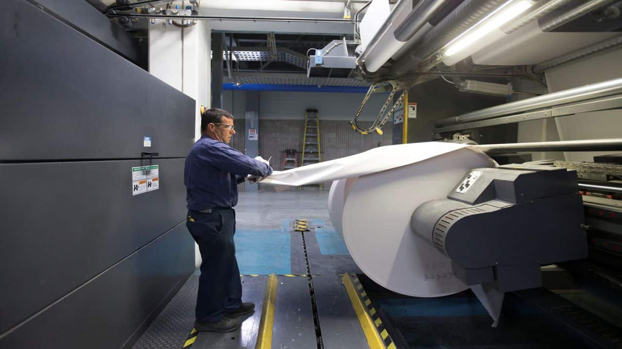 Demand of import duty gives pricing power to paper industry; 3 stocks could give 20-23% return