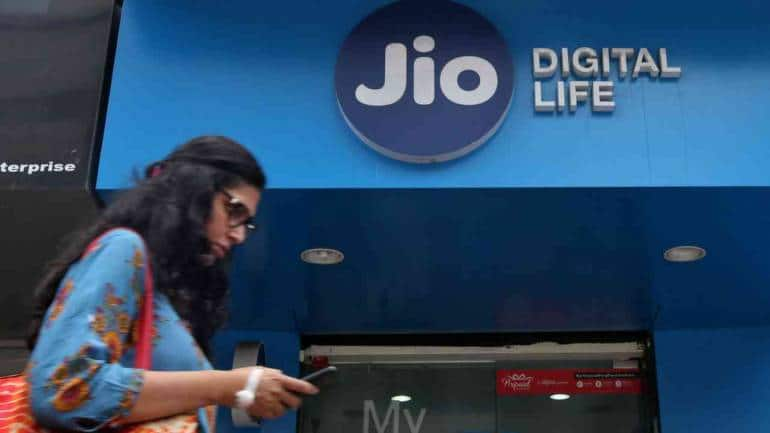 Jio teams up with AeroMobile to offer in-flight mobile services on international routes