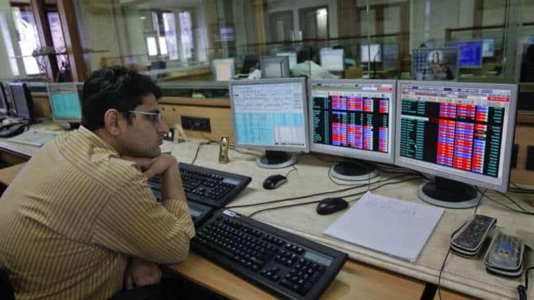 Closing Bell: Sensex ends the week with a gain of 181 pts, Nifty above 10,700