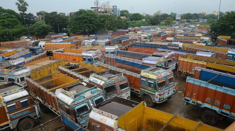 Maharashtra: 50% tax waiver for commercial vehicles for financial year  2020-21