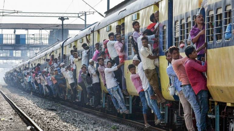 Mumbai Locals Trains Reopening   Maharashtra Developing App, Colour Coded Tickets For Effective Crowd Control