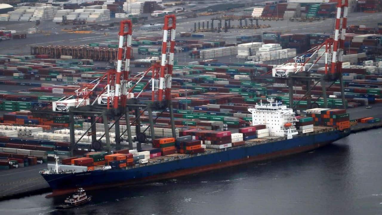 India's average ship turnaround time at major ports improves