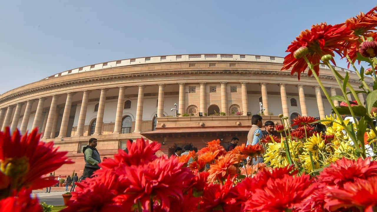 Lok Sabha polls: Average assets of re-contesting MPs rise by 41%