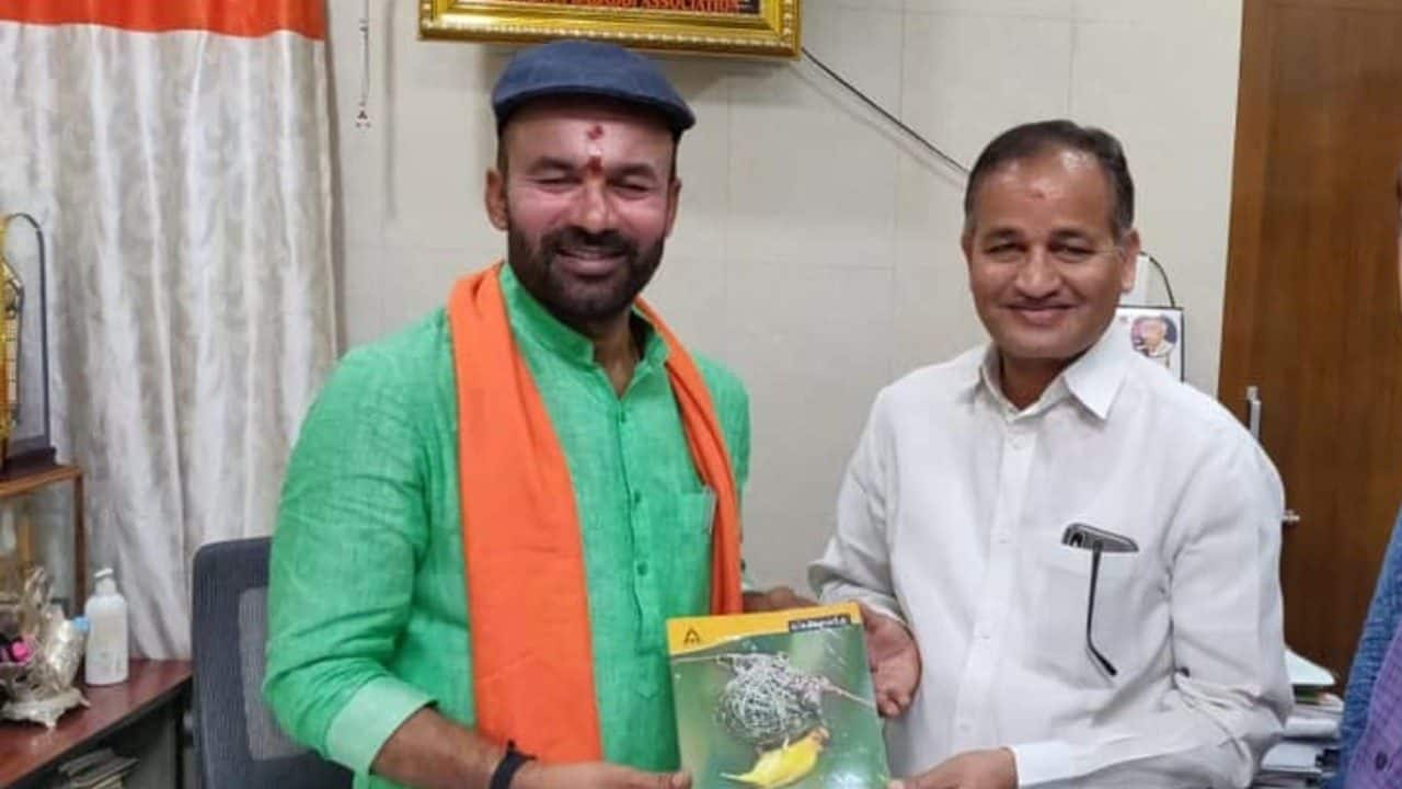 BJP's winning MP from Secunderabad: Bring notebooks, not bouquets