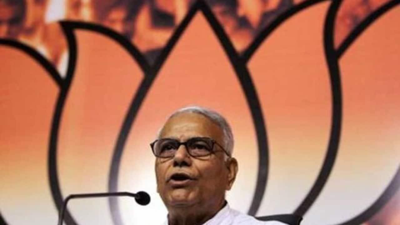 As Congress reels under crisis, veteran Yashwant Sinha spares another advice for Rahul Gandhi