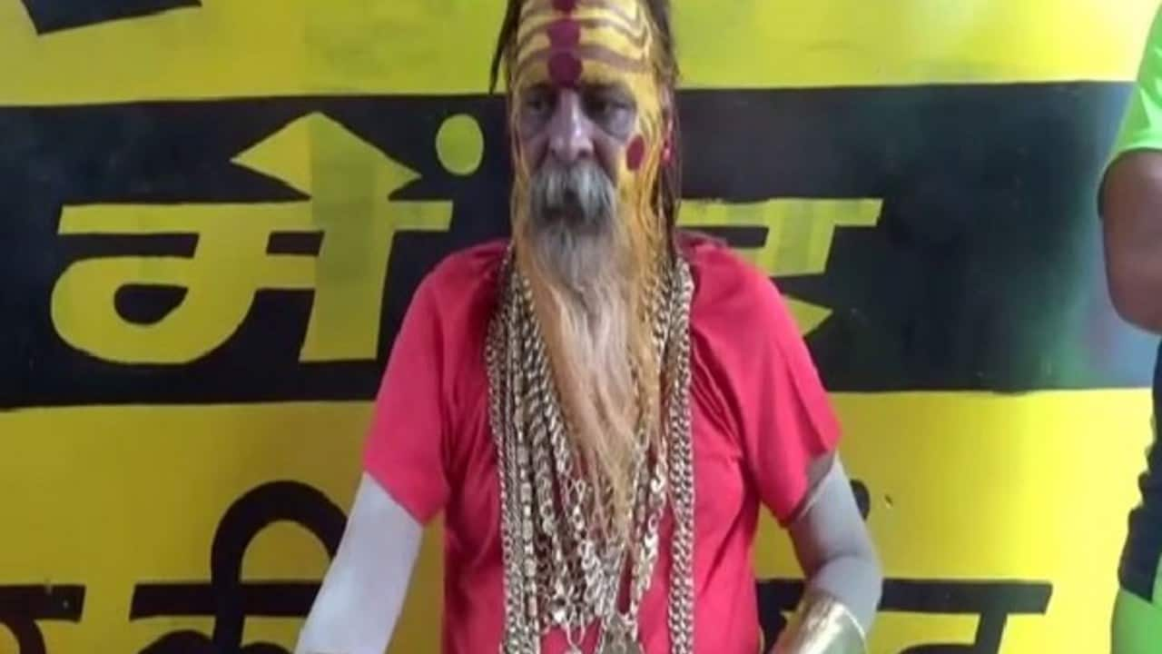 Why did Golden Baba shed some gold in this year's Kanwar yatra?