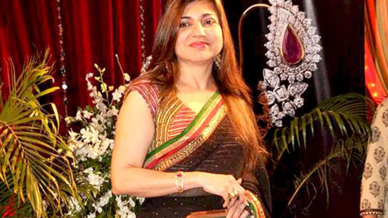 Film industry union urges Alka Yagnik, Kumar Sanu, Udit Narayan to cancel US event. Here's why