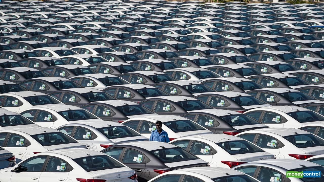 Auto sector going through long-term structural slowdown: SIAM