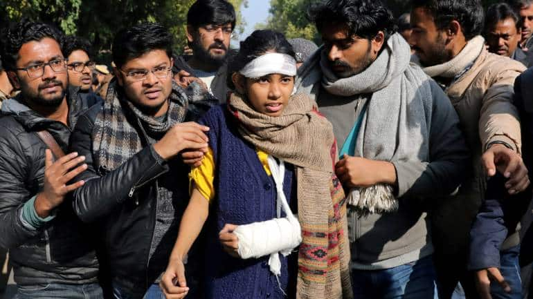 Delhi Police press conference Highlights: Left behind JNU violence becomes public knowledge as cops name suspects, says Smriti Irani