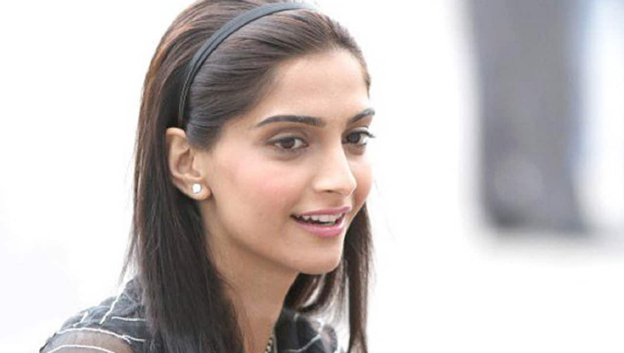 Sonam Kapoor vows to never fly British Airways again: Here's why