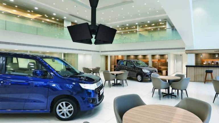 June auto sales climb to 50% of pre-Covid levels, dealers report surge in online enquiries