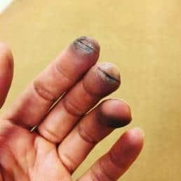 Anoushka Shankar fingers