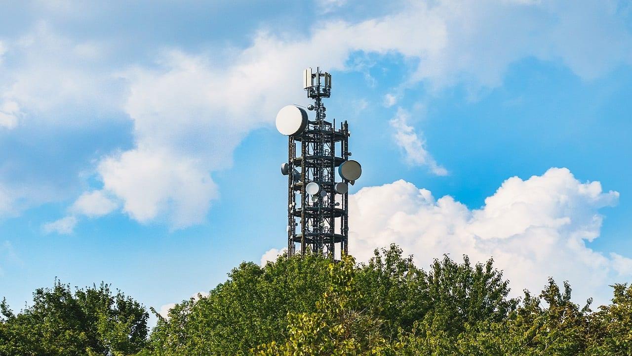 Telecom tariff hikes likely as industry needs higher ARPU: Analysts
