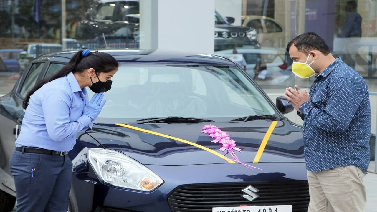 It's raining discounts as carmakers chase buyers during festive season