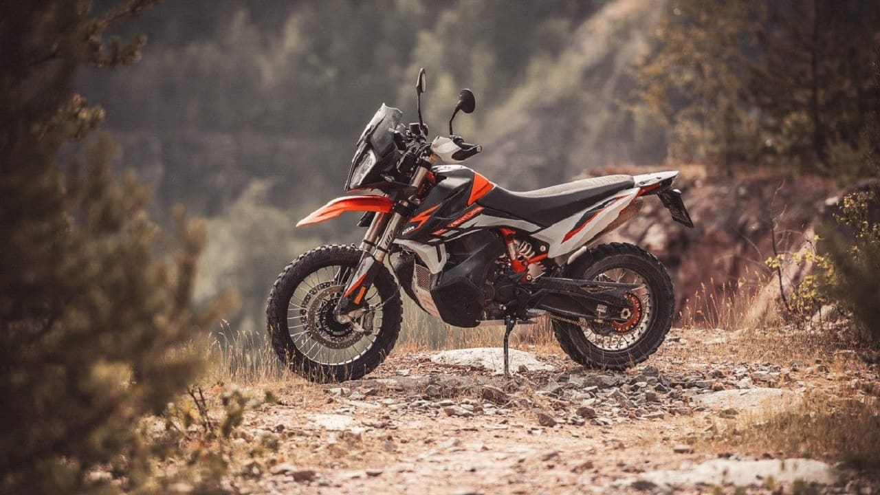 KTM 890 Adventure to be uneviled internationally today