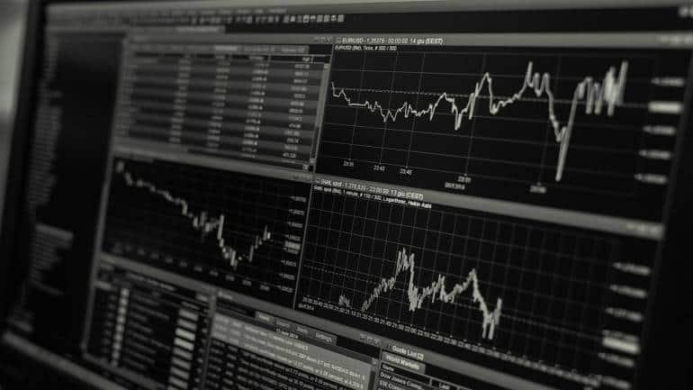 Hot Stocks | Can buy Bandhan Bank, Colgate and Bata India for the short term