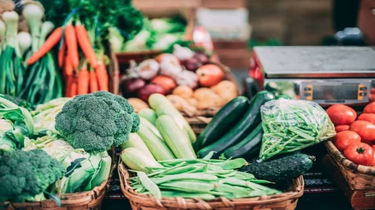 , Prices of agriculture produce falling down as Centre not paying attention: Sharad Pawar, The World Live Breaking News Coverage & Updates IN ENGLISH
