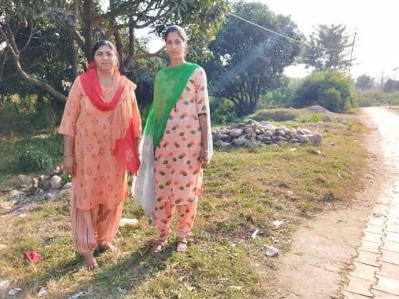 Kamlesh and her daughter
