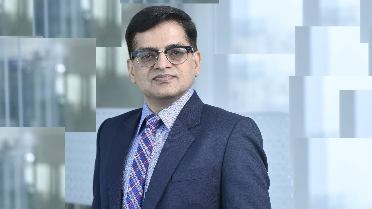 Trend of more upgrades than downgrades likely to continue after Q4 earnings, says Nimish Shah of Waterfield Advisors