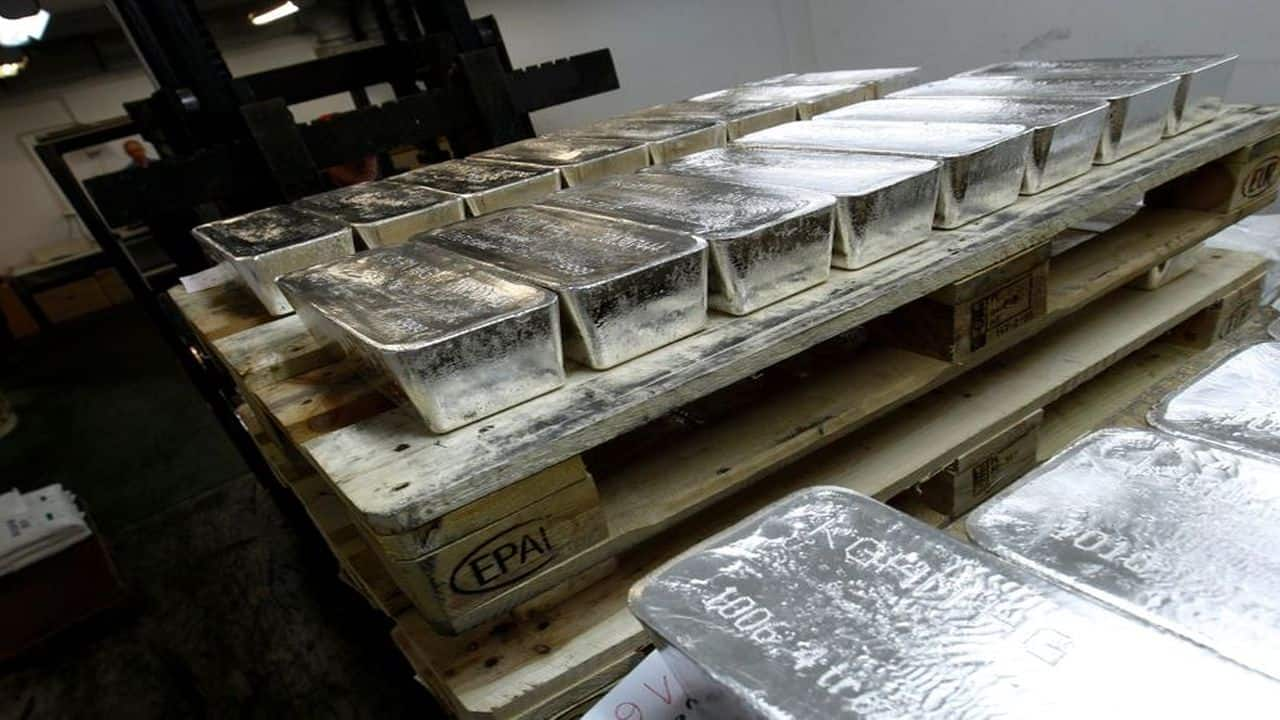 Silver futures gain 0.15% to Rs 69,448 per kg on improved industrial demand