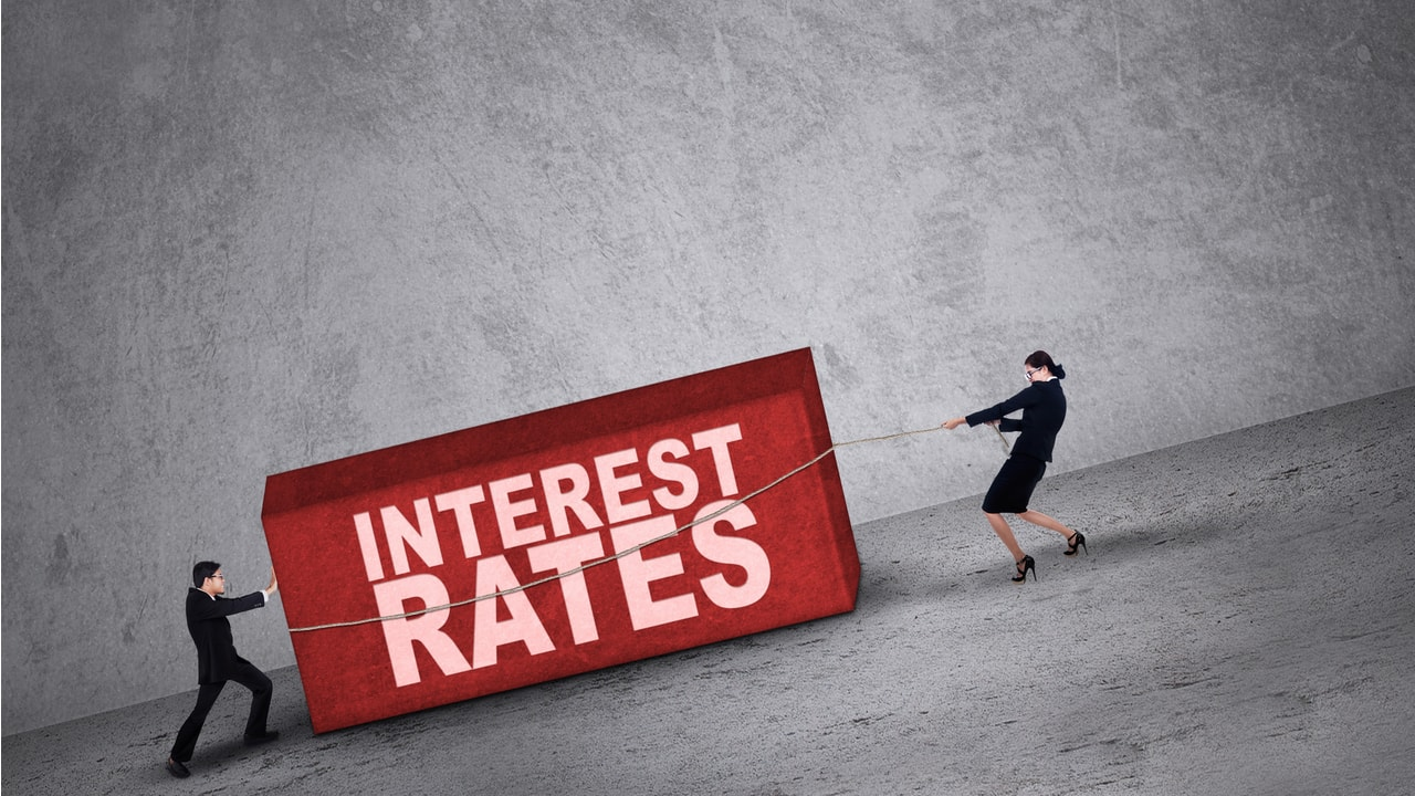 Despite government's U-Turn on small saving interest rates, don't rush for PPF before April 5