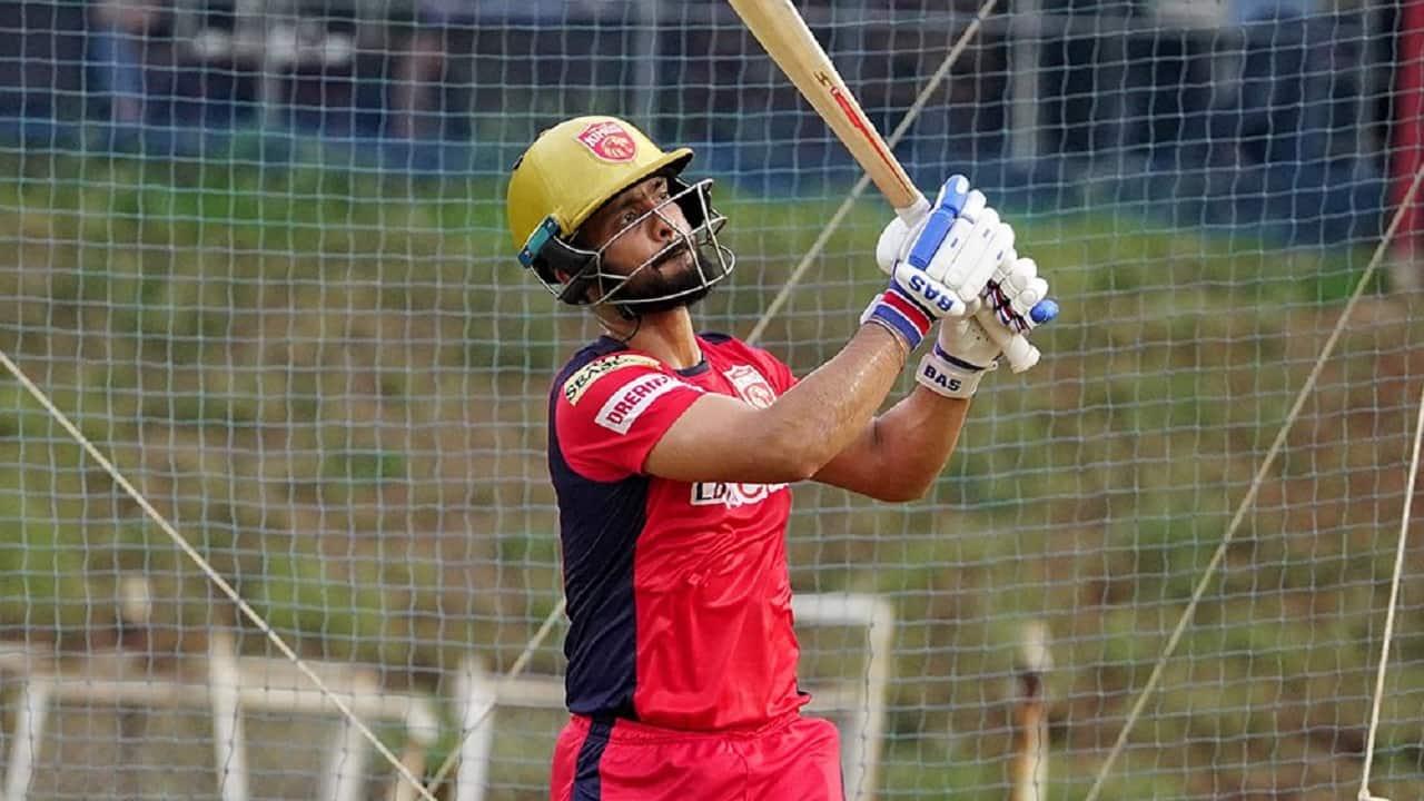 Mandeep Singh during a practice session (Image: Twitter/@PunjabKingsIPL)