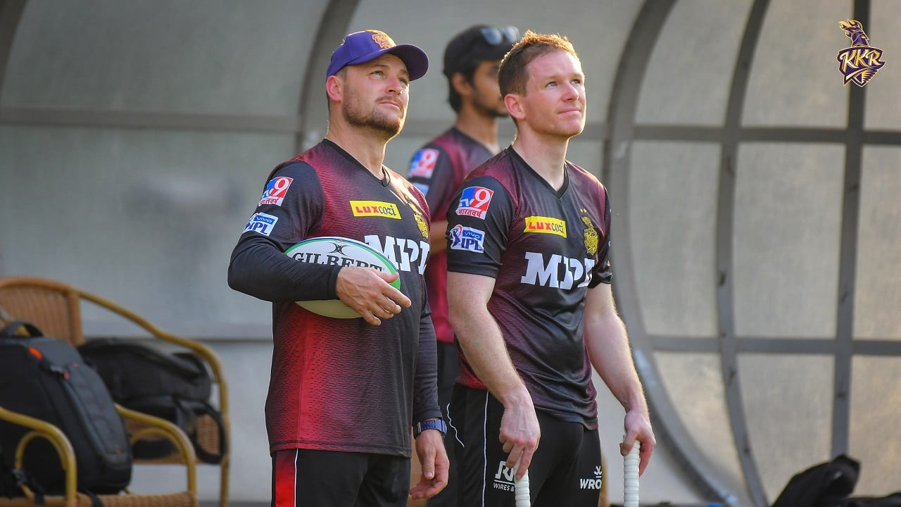KKR coach Brendon McCullum and skipper Eoin Morgan during a practice session (Image: Twitter/@KKRiders)