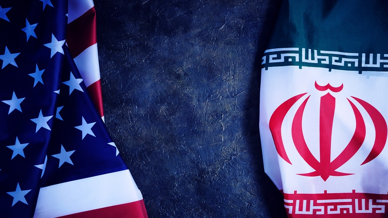 Flags of the United States and Iran (Representative image: Shutterstock)
