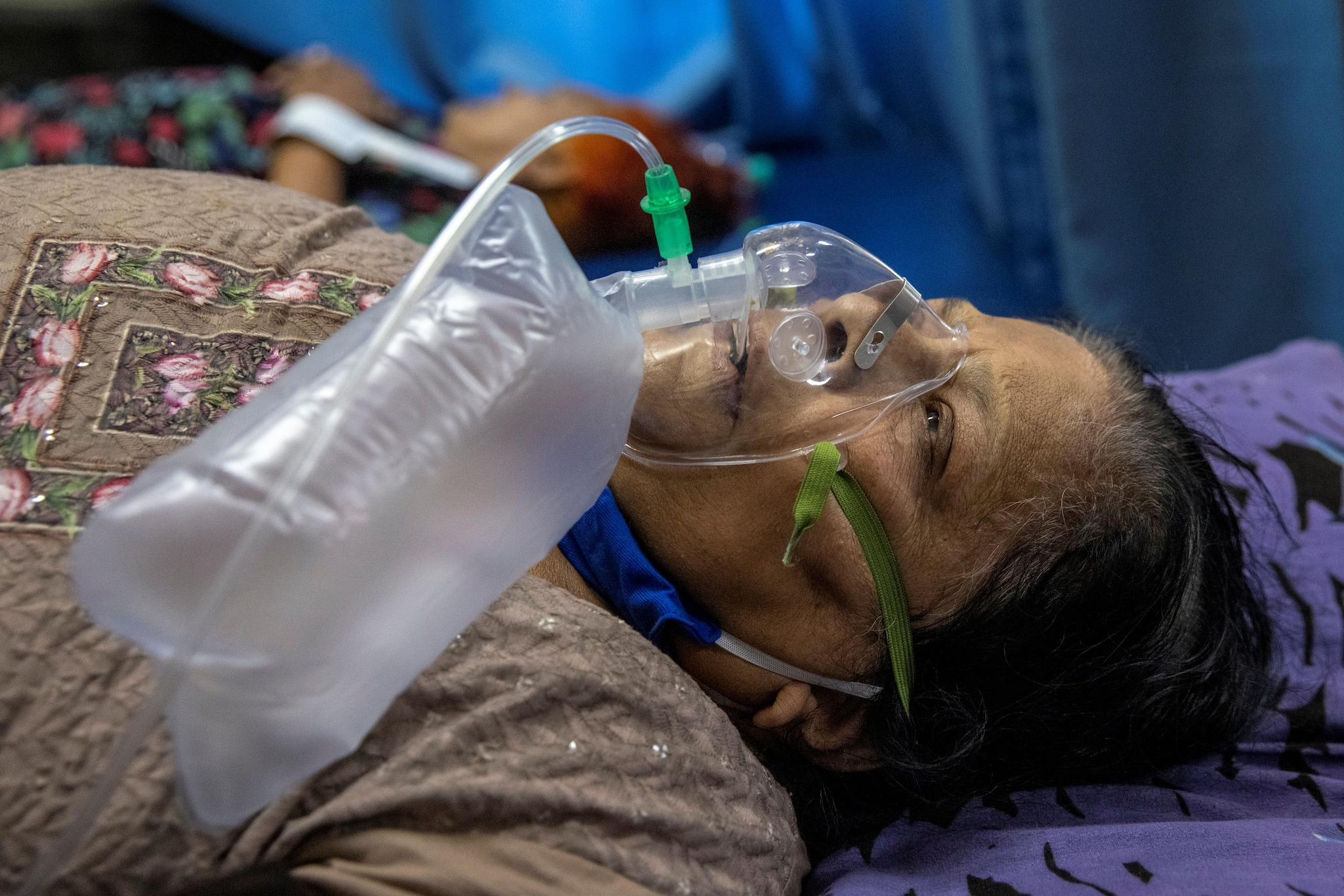 In Delhi, hospitals run out of supplies, ask patients' kin to get oxygen, Remdesivir