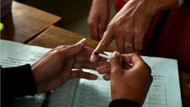 Fear of women voters' wrath keeps Tamil Nadu parties on the edge