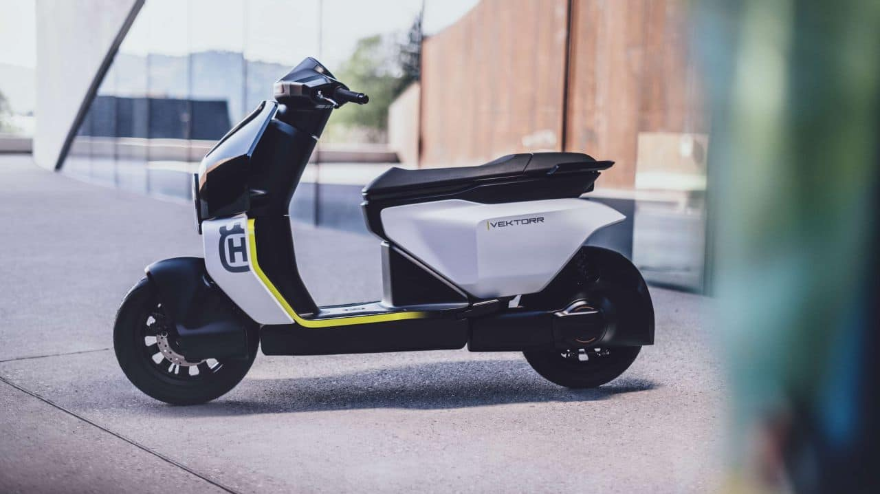 The scooter is also a huge departure from what the Swedish manufacturer usually does, motorcycles. Signature Husqvarna styling, however, still makes its presence felt, all through the scooter. (Image source: Husqvarna)