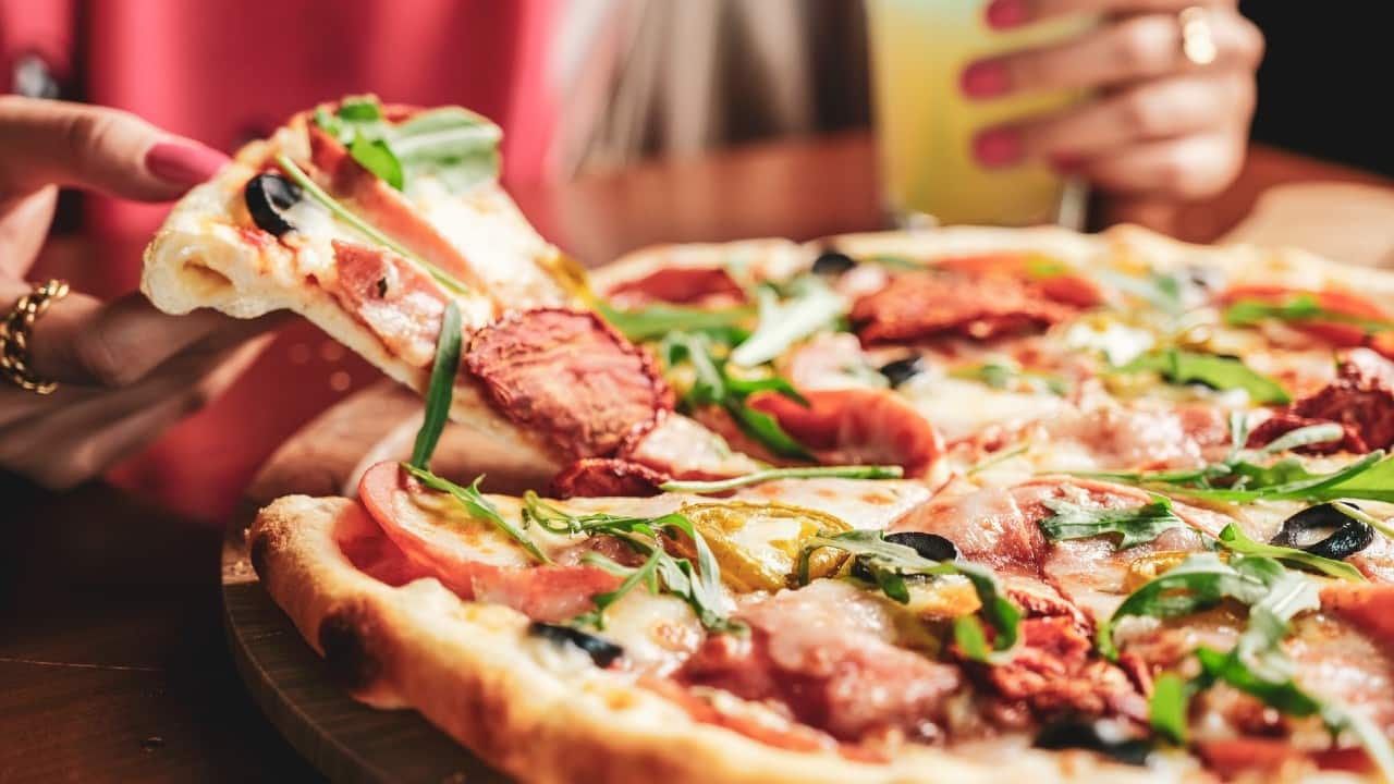Jubilant FoodWorks: The company reported a net profit of Rs 63 crore for the first quarter ended June (Q1FY22), as compared to a net loss of Rs 74 crore reported during the corresponding period in FY21.