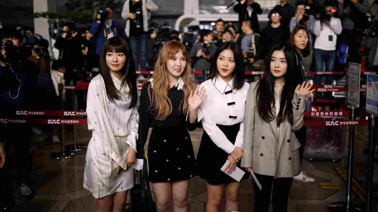 Members of K-pop girl group Red Velvet leave for North Korean capital Pyongyang at the Gimpo International airport in Seoul, South Korea in 2018 (Image: Reuters)