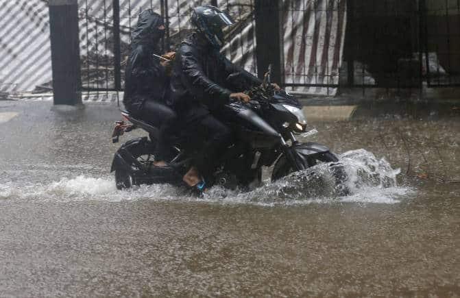 Mumbai Rains Highlights: Mumbai's Powai lake overflows due to heavy rains