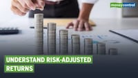 Explained: Risk-adjusted return & minimum expectation to have from your scheme