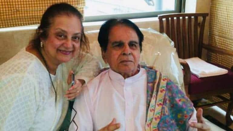 Dilip Kumar, Saira Banu's Beautiful Love Story: Fairy-tale Romance Comes To  An End