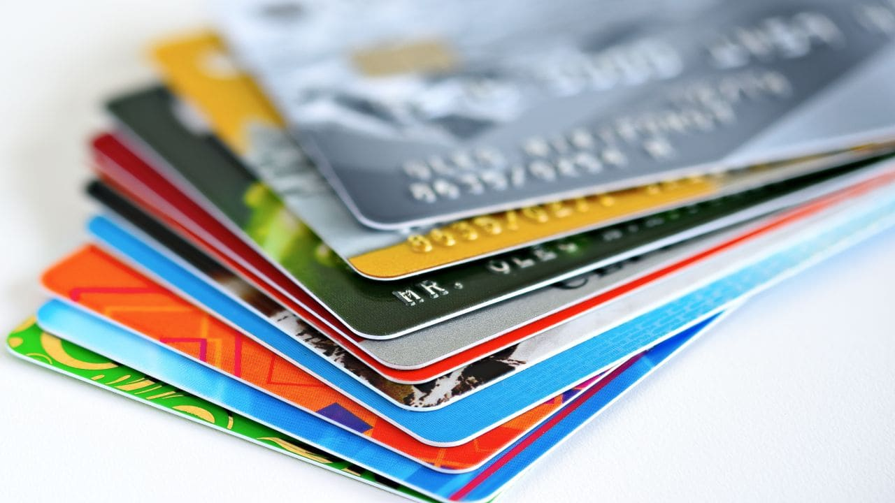 Confused on which credit card to opt for? Here's help on how to choose