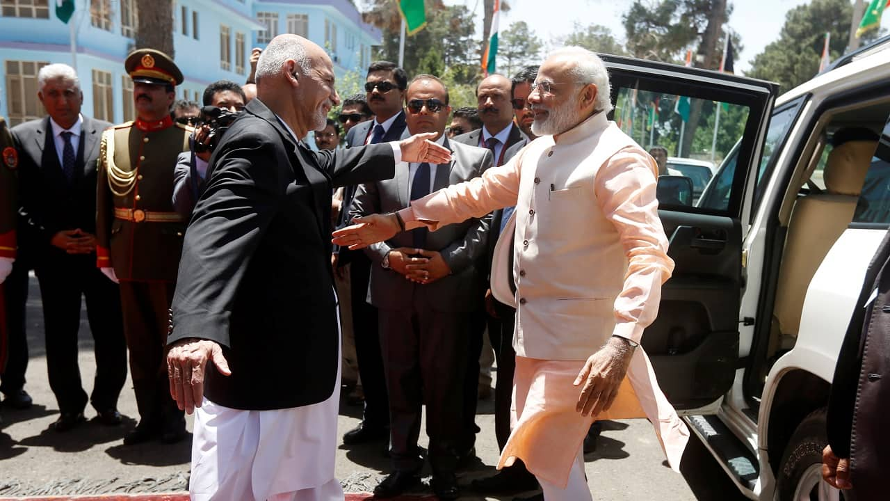 Indian Prime Minister Narendra Modi is greeted by Afghan President Ashraf Ghani (left) before the inauguration of the Salma Dam in Herat province, Afghanistan on June 4, 2016 (Image: Reuters/Omar Sobhani)