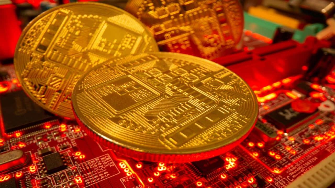 Bitcoin, Ethereum plunge nearly 3%