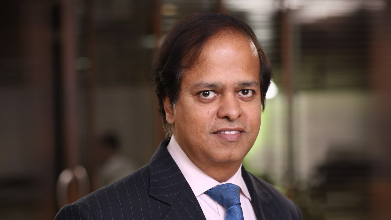 With Axis Bank's know-how and reach, Max Life will be on a journey of multi-year expeditious growth: Max Life MD & CEO