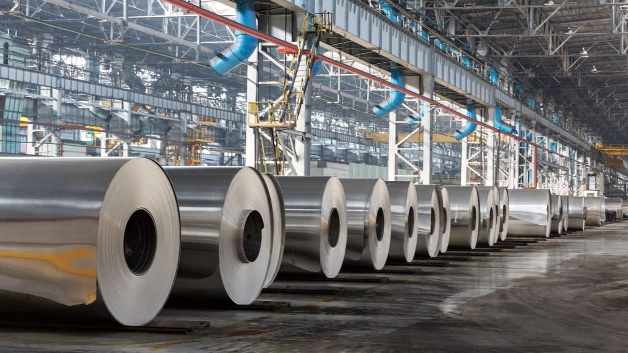 Tata Metaliks | CMP: Rs 1,066.25 | The share price slipped 6 percent on October 12 after the company's September quarter profit tanked 33.4 percent to Rs 54.62 crore from Rs 82 crore in the same period of the previous year. Its revenue, however, was up 24.1 percent at Rs 644.84 crore from Rs 519.63 crore in the September quarter of FY21. The Earnings before interest, tax, depreciation and amortisation (EBITDA) was down 8.9 percent at Rs 99.7 crore and margin was down at 15.5 percent, YoY.